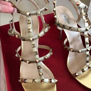 Valentino gold heels (worn once - good as new)